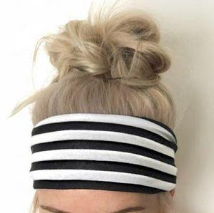 • {The Ribbon Boutique} Striped Headband